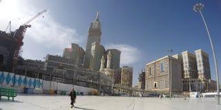 Haram清真寺在麦加和麦加皇家尖沙咀钟楼旅馆里 免版税库存图片