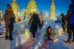 Harbin, China - 9. Februar 2017: Internationales Eis Harbins und Schnee-Skulptur-Festival ist ein jährliches Winterfestival das Stockbild