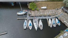 Harbor la vista aerea di Roja Lettonia del video di vista superiore 4K UHD del fuco della campagna Immagini Stock Libere da Diritti