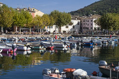 Harbour and lakeside promenade in Garda Royalty Free Stock Images
