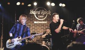 Hard Rock Cafe, Bucarest con il si Zdub di Zdob fotografie stock