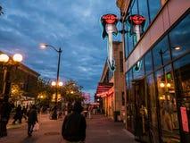 Hard Rock Cukierniany neonowy znak blisko Jawnego rynku, Seattle Zdjęcia Royalty Free