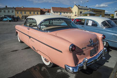 Hard top 1954 di Ford Crestline 2dr Immagini Stock
