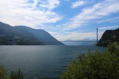 Hardanger most w Norwegia w lecie obraz stock