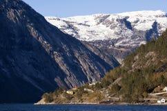 Hardangerfjord blisko Eidfjord Zdjęcie Royalty Free