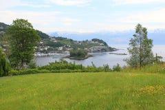 Hardangerfjord en Norheimsund Imágenes de archivo libres de regalías