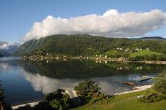 Hardangerfjord, Ulvik Stock Foto's