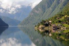 Hardangerfjord, Ulvik Stockbilder