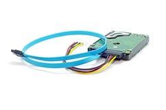 Harddiskdrev (HDD) med maktkabel och satakabel arkivbild