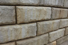Hardscaping-Stein Stützmauer Stockfotografie