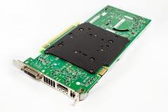 Hardware della carta grafica del computer Isolato su priorità bassa bianca immagini stock