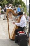 Harfenmusiker Sacré Coeur stockfotos