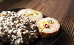 Haricot bobowy warzywo z pokrojonymi i faszerującymi klopsikami, Zdjęcie Stock