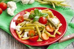 Haricot fasole sałatkowe z warzywami obraz royalty free