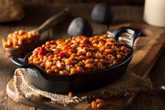 Haricots cuits au four par barbecue fait maison photographie stock libre de droits
