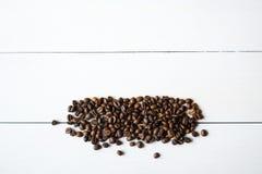 Haricots et anis de Coffe sur la table Images libres de droits