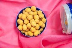 Haricots japonais de bonbons avec le manteau coloré de sucre Photo stock