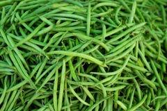 Haricots verts dans des textures de nourriture de légumes du marché Photographie stock libre de droits