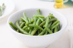 Haricots verts dans une cuvette Image libre de droits