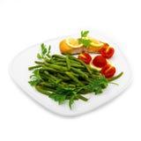 Haricots verts et poissons saumonés Images stock