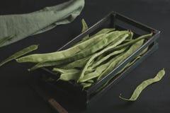 Haricots verts plats Légumes crus riches en protéines Photo libre de droits