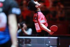 HARIMOTO Tomokazu firar mot Jun Mizutani Royaltyfri Foto
