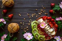 Harina de avena, fruta y bayas imagenes de archivo