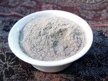 Harina entera orgánica del alforfón del grano centrada Foto de archivo libre de regalías