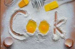 Harina y dos huevos Imagen de archivo libre de regalías