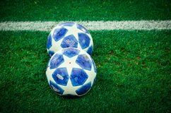 HARK?V, UCRAINA - 23 ottobre 2018: Fine ufficiale della palla della lega dei campioni su durante la partita di UEFA Champions Lea fotografia stock libera da diritti
