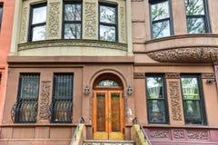Harlembrownstones - de Stad van New York Stock Afbeelding