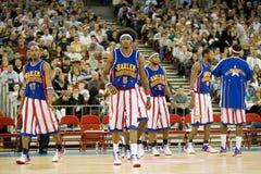 Harlemglobetrotters-Basketball-Team in einer Ausstellung Lizenzfreie Stockfotografie