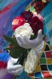 Harlequin με τα τριαντάφυλλα σε καρναβάλι στη Βενετία Στοκ Εικόνα