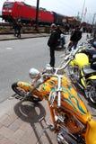 Harley contra el tren Foto de archivo libre de regalías