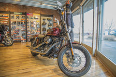 2013 Harley-Davidson, Dyna Street Bob Lizenzfreie Stockfotos