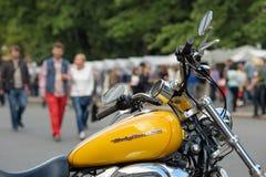 Harley-Davidson gulingmoped Arkivfoton