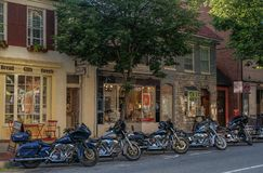 Harley-Davidson op een straat in Frederick royalty-vrije stock afbeeldingen