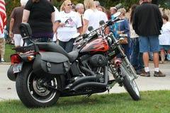 Harley Davidson på räddningen som vårt kors samlar, Knoxville, Iowa Royaltyfri Bild
