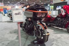 Harley Davidson Road Glide Special op vertoning stock fotografie