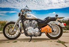 Harley-Davidson - Sportster 883 bas Photos libres de droits