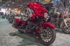 Harley Davidson Street Glide op vertoning royalty-vrije stock afbeeldingen