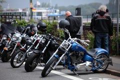 Harleys på Rheinen Royaltyfria Foton