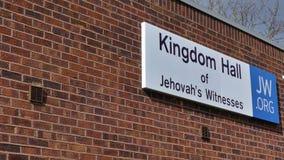 Harlow, Англия - 13-ое марта 2019 Королевство Hall заверителя Jehovahs, расположенный в зоне связи штапеля стоковое фото