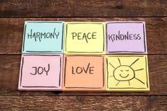 Harmoni, fred, vänlighet, glädje och förälskelse royaltyfria foton