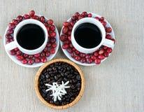 Harmonie créative, grain de café, tasse de café, baies mûres Photos libres de droits