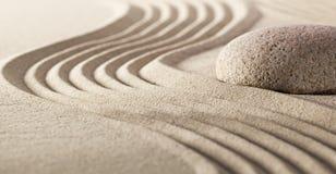 Harmoniestilte met kiezelsteen en zand stock afbeelding