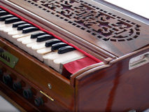Harmonium antique de cru image stock