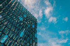 Harpa Concert Hall et Centre de conférences, Islande, Reykjavik photographie stock libre de droits