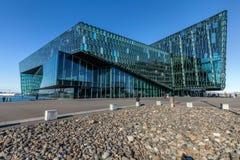 Harpa Cultural Center i Reykjavik, Island Royaltyfri Fotografi