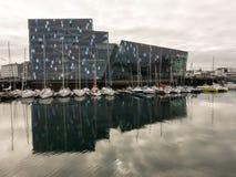 Harpa konsert- och kongresskorridor i Reykjavik Royaltyfria Foton